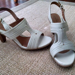 Attention Cute Cream Sandals Size 9 NWT
